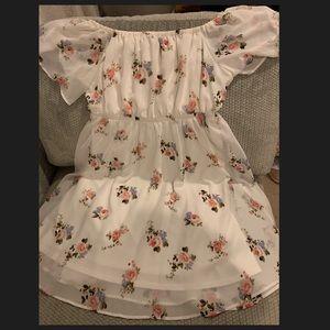 Beautiful floral dress NWOT